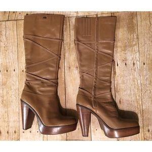 Sketchers heel boots